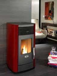 Biomass stoves with pellets
